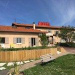 Photo de Hotel Des Grands Vins