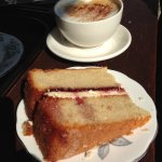 An interestingly nice property to visit and learn about its history. The sponge cake was fantast