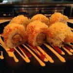 Crunchy tempura maki roll