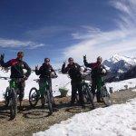 Photo de Gravity Assisted Mountain Biking