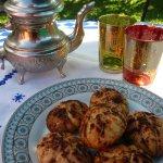 montecao ou cornes de gazelle avec votre thé traditionnel