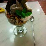 ice cream on maokong hill
