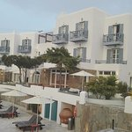 Photo de Poseidon Hotel - Suites