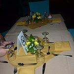 la cena frente a la piscina, excelente servicio