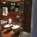 Lovely modern renovated bath