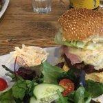 reef encounter burger