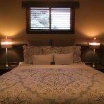 Junior Suite 8 bedroom