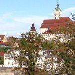 Günzburg hat mehr zu bieten als nur Legoland: Hübsche Altstadt mit gemütlichen Restaurants und t (256409497)