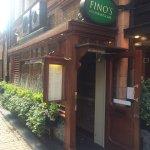 Fino's Bar and Restaurant Foto