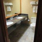 Express Suites Riverport Conference and Event Center Aufnahme