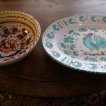Side by side: Red Rooster Derruta/Carmela and 1951 Green Rooster Deruta platter