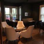 Le Pleasant Hotel & Cafe Foto