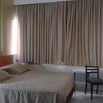 Photo of Malibu Palace Hotel