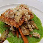 Salmon with crab