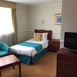 Photo de The Bromley Court Hotel