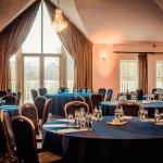 Tulfarris Hotel and Golf Resort Photo