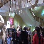 экскурсия в зале археологии
