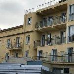 Hier die besseren Zimmer mit Balkon