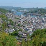 千光寺の山腹から見た市街と向島の風景