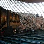 Foto di Chiesa nella roccia (Temppeliaukio Kirkko)