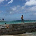 Photo de Junkanoo Beach