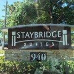 Photo de Staybridge Suites St. Petersburg Downtown