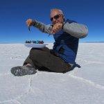Y aqui otra foto del recuerdo. El salar de Uyuni hace que tus fotos cobren vida :)
