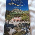 La plaquette de présentation de l'hôtel restaurant.
