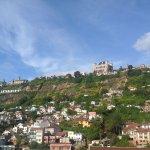 La colline de Manjakamiadana et le palais de la Reine