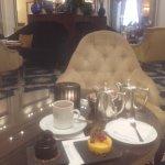 Sonntags Cafe bei Piano Musik von Robin Meloy Goldsby