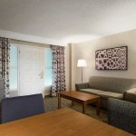 Photo de Embassy Suites by Hilton Santa Ana Orange County Airport