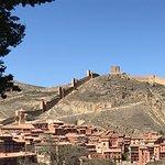 Panoramica muralla y pueblo