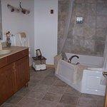 Bath with Jacuzzi tub/shower