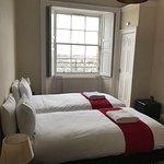 Foto de Destination Edinburgh York Place Apartments