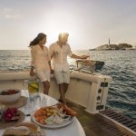 Seafood dining experience  - photo courtesy of Tourism WA