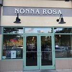 Foto de Nonna Rosa Italian Restaurant