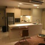 Foto de PARKROYAL Serviced Suites Kuala Lumpur