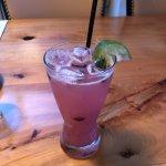 Blueberry gin mojito