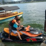 Nuwaraeliya Gregory Lake Speed Boat Riding
