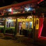 Doc'ks Tiki Bar & Grill