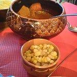 semoule fine, légumes frais , raisins, pois chiches