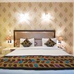 Emblem Hotel, Hero Honda Chowk Gurgaon