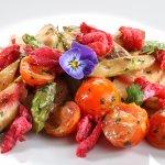 Spargelsalat mit Kirschtomaten und Currydressing