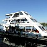 The cruise boat...amazing!!!