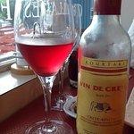 Vin de Crète, à consommer avec modération.
