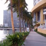 promenade for jogging and walking around the whole brickell key, very nice