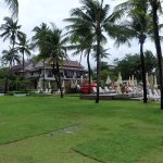 Apsara Beachfront Resort and Villa Foto