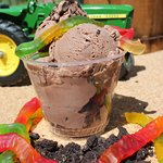 Dirt ice cream (it's for the kids!)