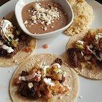 Rojo Mexican Grill의 사진