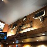 Фотография Buzz Inn Steakhouse